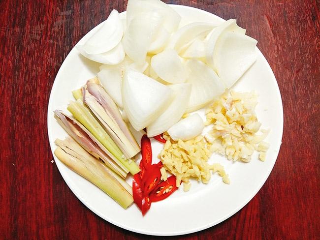 Bò kho nước dừa thơm lừng, ăn hết cả nhà ai cũng chẹp miệng tiếc nuối5